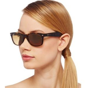 COPY - Brown tortoise wayfarers